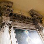 Capitelli del dipinto nella cripta chiesa Santa Maria