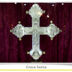 foto della Croce Santa esposta nella chiesa di Santa Maria